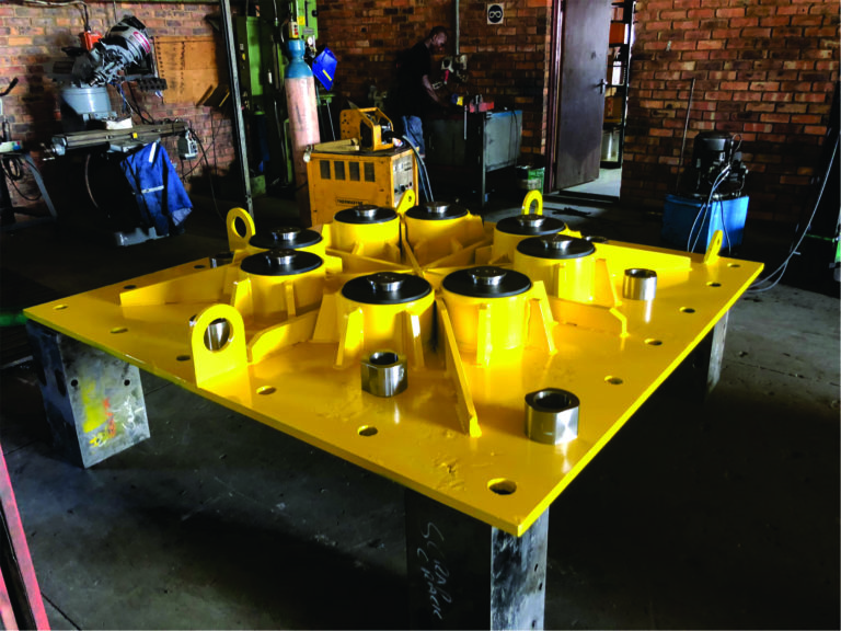 Manufacture of pedestal boom base